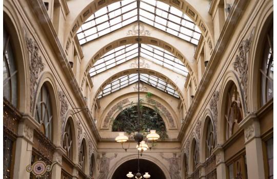 Visite privée : Explorez les derniers passages couverts de la capitale