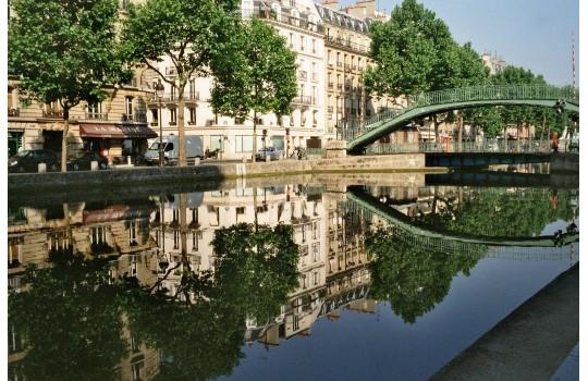 Visite privée : Flânez le long du canal Saint-Martin