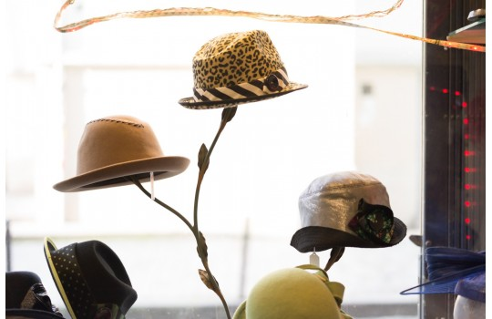Private tour: The Montmartre quarter and its fashion millinery